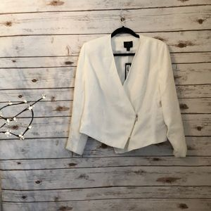 WORTHINGTON White b-neck jacket. 14P